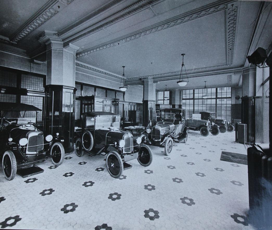 Un Mois Un Garage Citro 235 N Londres Hammersmith Par Le Dr