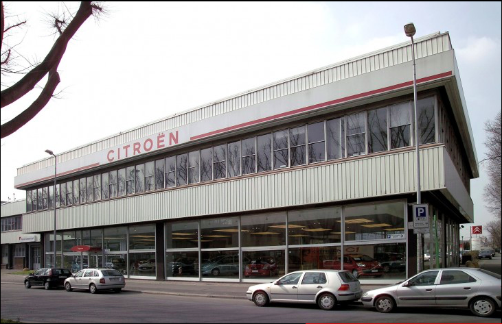 Un mois un garage citro n milan par le dr danche for Garage citroen le perreux