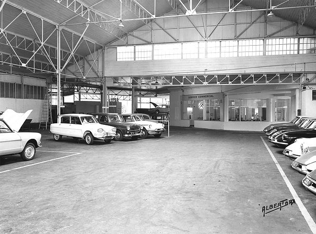 Un mois un garage citro n saint paul les dax par le dr for Garage citroen sevrier 74
